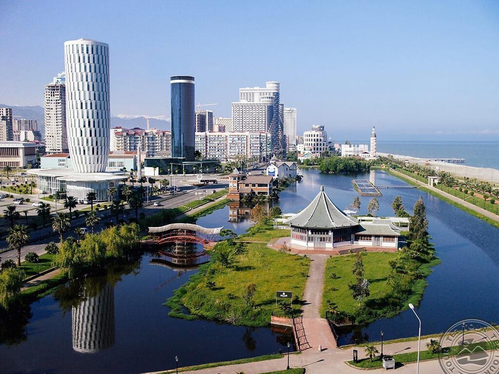 Gruusia, Batumi – puhkus Musta mere ääres