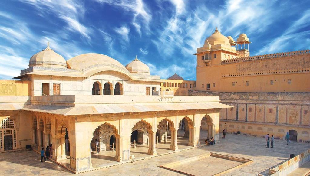 India ringreis Kuldne kolmnurk ja Varanasi 21.10 – 29.10.2020 (vene keeles)