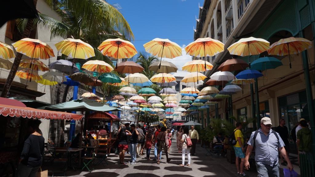 Mauritius, Port Louisi ostutänav