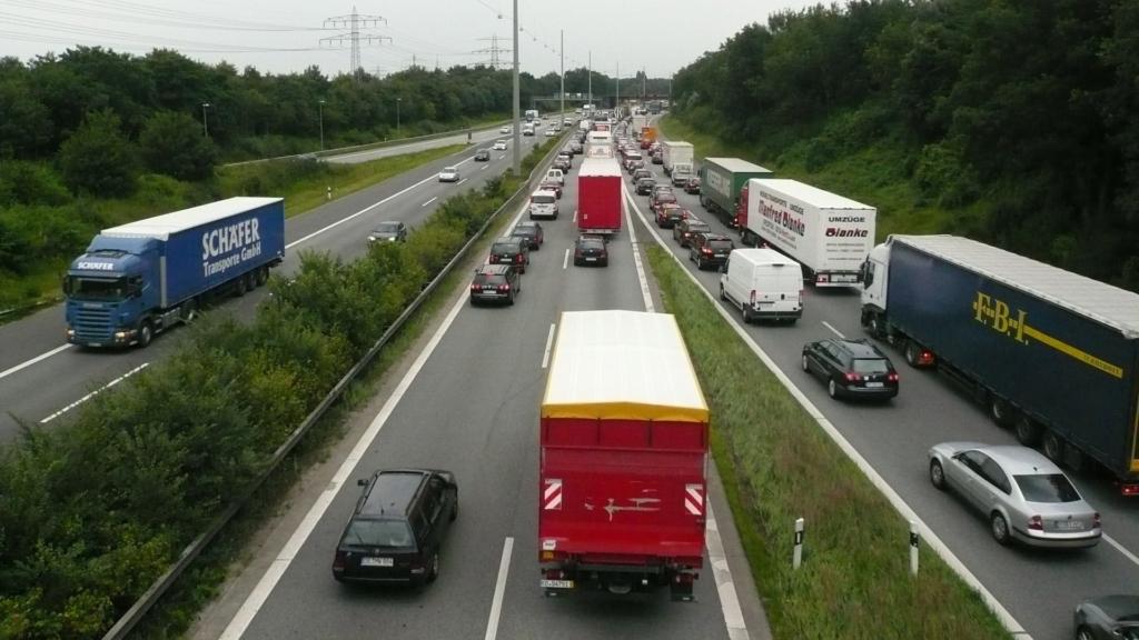 Alates 1. juulist kehtib uus rahvusvahelise liikluskindlustuse rohelise kaardi vorm