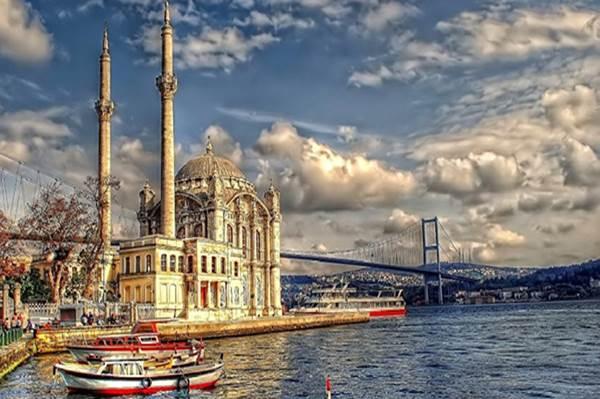 Nädalavahetus Istanbulis – soodsad lennud Turkish Airlinesiga