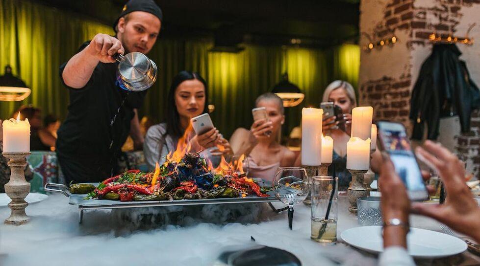 Elamusõhtusöök The Table